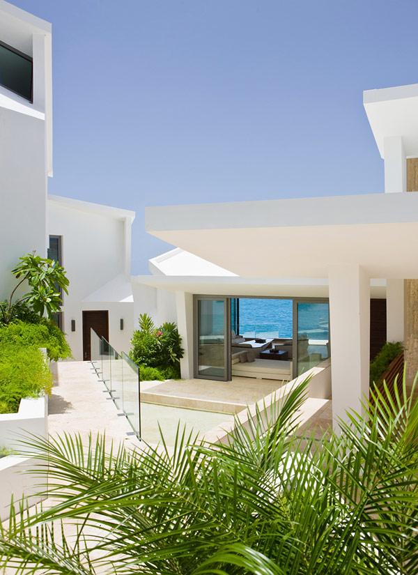 ویلایی مشرف به خلیج در کارائیب/ آنگولا