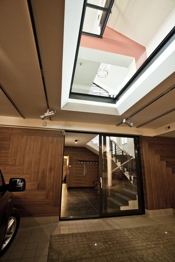 طراحی منزل در روسیه با استفاده از چوب و سنگ